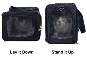 Die Transportbox kann in zwei Ausrichtungen verwendet werden. Drinnen fühlen sich nicht nur Katzen, sondern auch kleine Hunde wohl